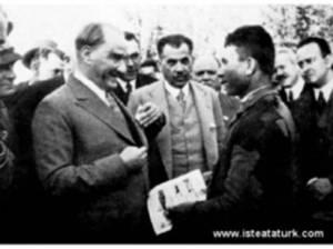 atatürk_ve_genç