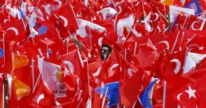 The EU is now waiting to see if, under a confident leadership and with no more elections for nearly four years, Turkey will make a constructive contribution to the international arena and restore harmony and freedoms on the domestic scene.